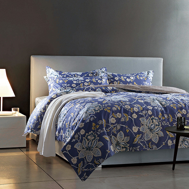Fashion bedding sets