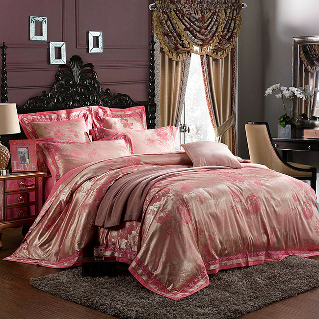 2016 Fashion Home textile 4 pcs Wedding bedding Luxury silk Jacquard Pink Floral bedding set quilt cover/ bed sheet king queen